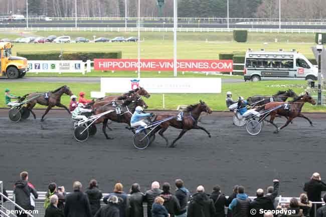 25/12/2011 - Vincennes - Critérium Continental : Arrivée