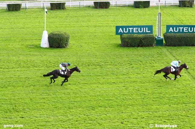 09/10/2019 - Auteuil - Prix Adrien Besnouin : Arrivée
