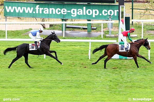 06/10/2011 - Saint-Cloud - Prix du Val d'Oise : Arrivée