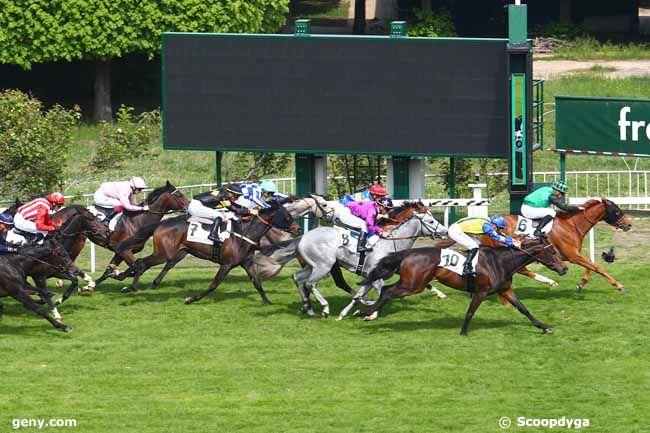 01/05/2019 - Saint-Cloud - Prix de Beaumesnil : Arrivée