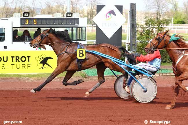 10/04/2019 - Lyon-La Soie - Prix de Bordeaux : Arrivée