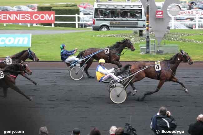 04/12/2011 - Vincennes - Prix des Alpes : Arrivée