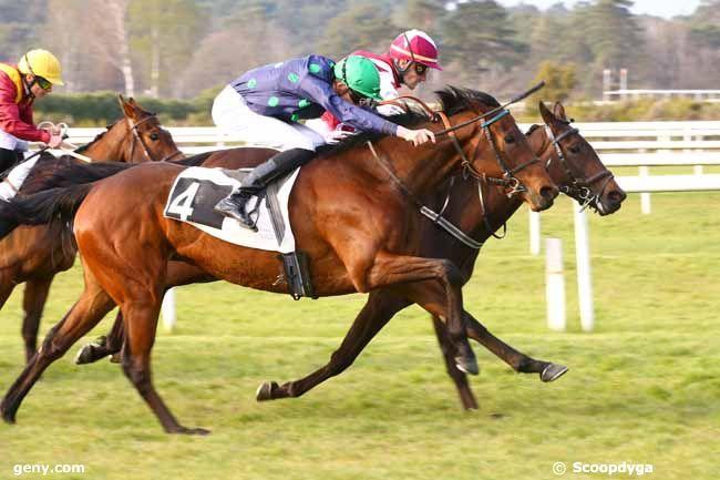 14/04/2019 - Fontainebleau - Prix d'Auvergne : Arrivée