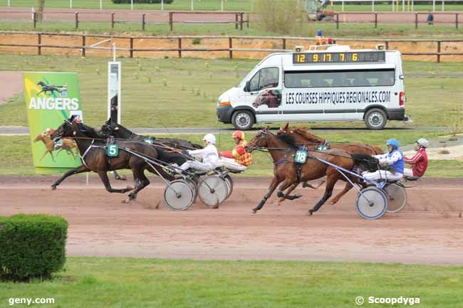 04/04/2012 - Angers - Grand Prix de la Ville d'Ecouflant : Arrivée